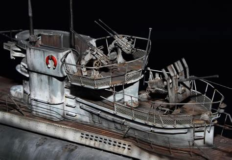 Revell 1/72 Type VIIC/41 U-boat `U995` - Ready for