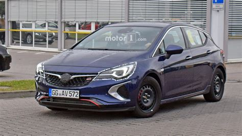 2018 Opel Astra GSi Spotted With Minimal Camouflage