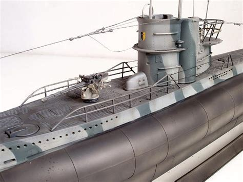 To Weather or Not - Finishing Revell 1/72 Type VIIc U-Boot