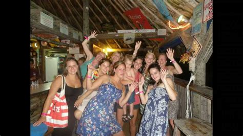 Palapa Bar and Grill, Ambergris Caye Belize - YouTube
