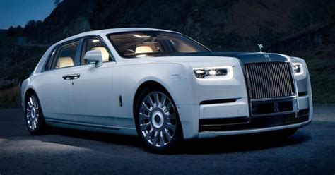 Feast Your Eyes On the Otherworldly Luxury of the Rolls